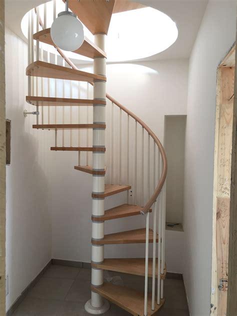 corrimano per scale a chiocciola corrimano per scale a chiocciola design per la casa