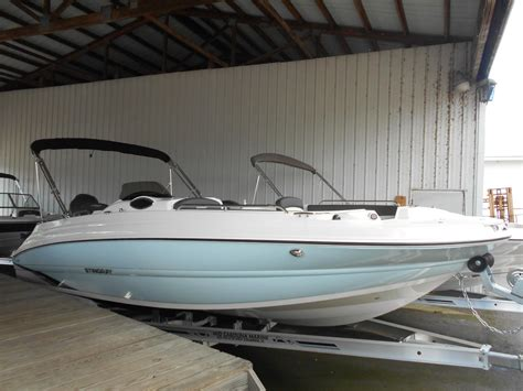 stingray deck boat for sale stingray 212sc deck boat boats for sale boats
