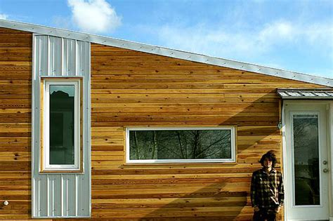 energy efficient cabin the leaf house is an energy efficient tiny home built for