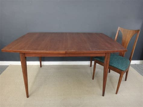 broyhill dining room tables 100 broyhill dining room set broyhill artisan