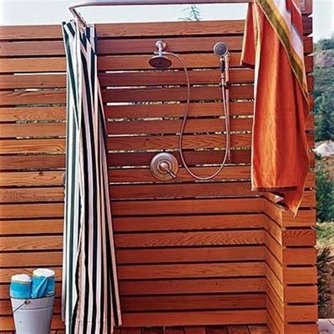 outdoor shower screens best 25 outdoor shower enclosure ideas on