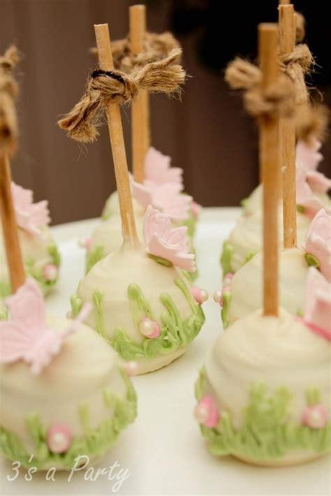 Hochzeitstorte Cake Pops by Hochzeitstorten Cake Pops 2074868 Weddbook