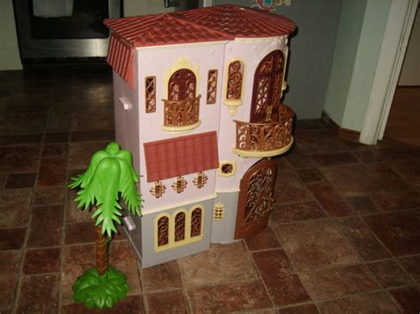 bratz doll house mansion bratz world doll movie mansion villa 2 story dollhouse lights up for sale in lusk