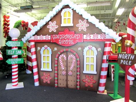 santas house of games xmas door decoration santa sets