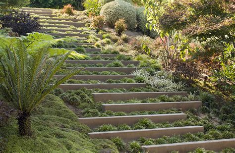 landscape design idea steps with integrated greenery