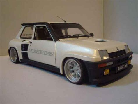renault 5 turbo 1 renault 5 turbo 2 white universal hobbies diecast model
