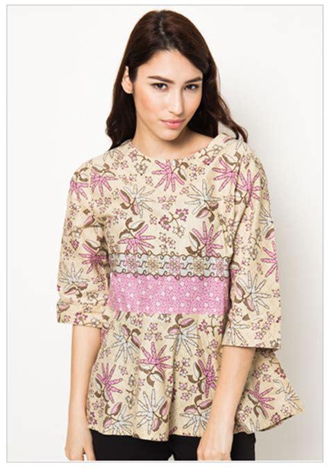 Baju Pakaian Wanita Formal Casual Blouse Batik Wanita I Blus Batik I 2 contoh kemeja wanita batik 22 contoh model baju batik