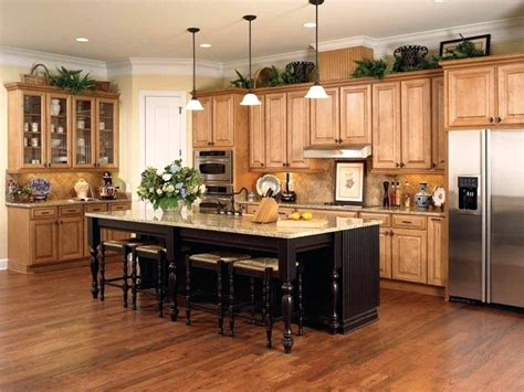 what color floor with cabinets what color laminate flooring with oak cabinets