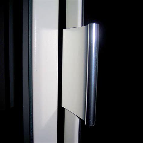 Handles For Mirrored Wardrobe Doors by Series 1 Bifold Mirror Door Daiek Door Systems