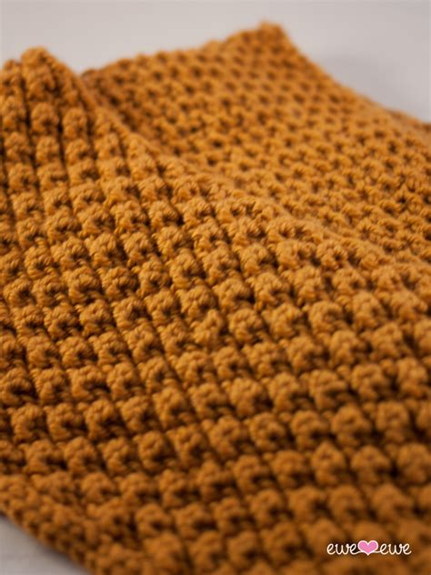 corn stitch knitting caramel corn cowl knitting pattern ewe ewe yarns