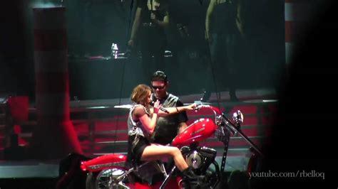 miley cyrus i love rock n roll en halloween miley cyrus i love rock n roll cover live in