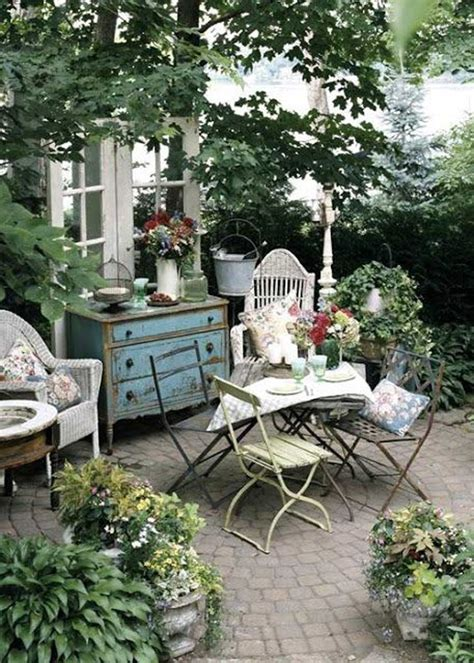 shabby chic garden with dining area