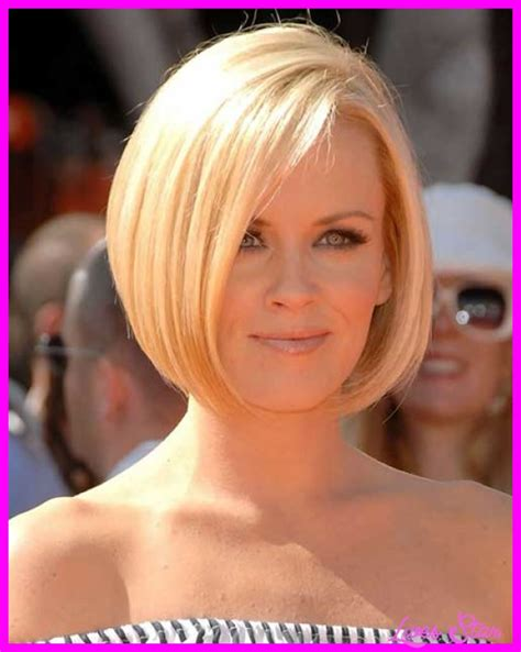 hair styles for women with thinning hair in the crown short haircuts for thinning hair women livesstar com