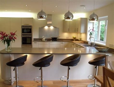 U Shaped Kitchen Designs With Breakfast Bar Kitchen Bar Kitchen Design
