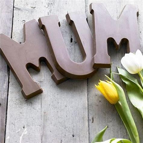 lettere di cioccolato a natale a ciascuno la sua lettera di cioccolato sfizzy