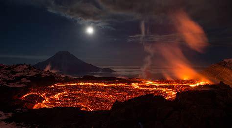 volcano background volcano hd wallpaper background image 2000x1106 id