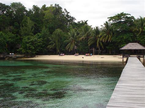 indonesia turisti per caso indonesia sulawesi isole togian kadidiri viaggi