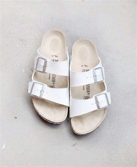 white jesus sandals jesus sandals for www imgkid the image kid