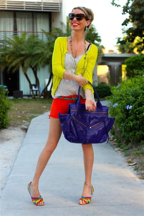 how to wear in rainbow sandals 326 best images about crocs crocstyle insiders on