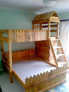 Loft Bed Made From Pallets 1000 Ideas About Pallet Bunk Beds On Bunk Bed
