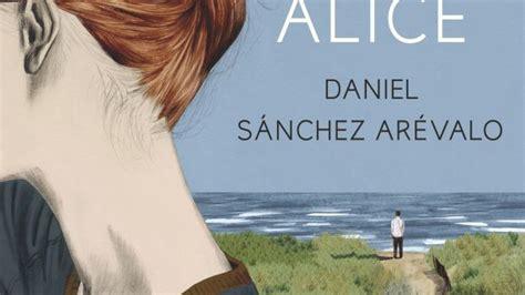 la isla de alice antena 3 tv la isla de alice un thriller femenino convertido en la gran novela de s 225 nchez
