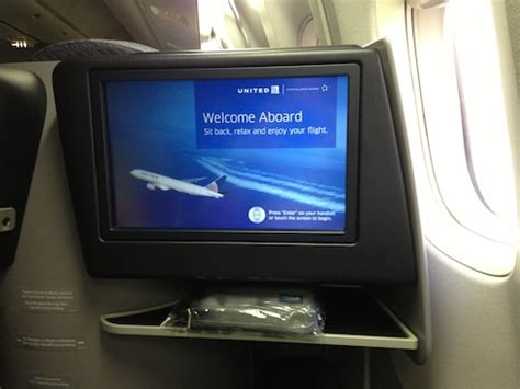 does air canada tvs in the back of seats travel writer thrown united flight for snapping photo