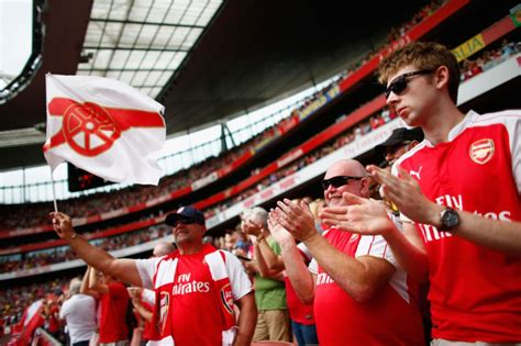 arsenal fans claude and ty how two arsenalfantv stars represent all