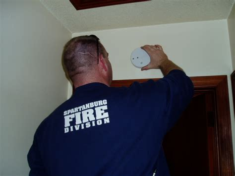 where to put smoke detector in bedroom smoke detectors installation universalcouncil info