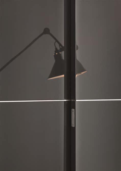 armadio scorrevole su misura armadio con ante scorrevoli su misura piana by lema design