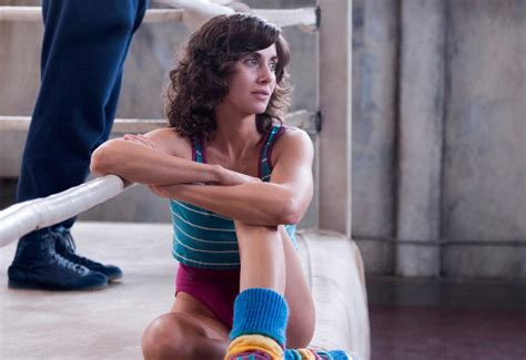 alison brie glow youtube glow how alison brie was cast after being told no