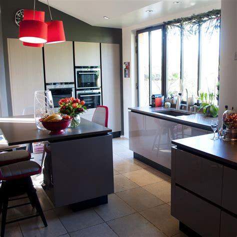 la cuisine familiale agencement grande cuisine r 233 gion lyonnaise vernaison
