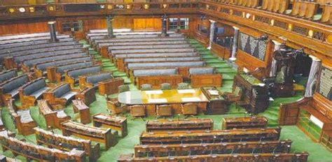 total number of lok sabha seats how is the seat allotment in the lok sabha done
