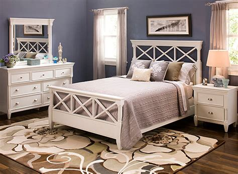 retreat  pc queen bedroom set white raymour flanigan