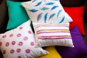 diy basics watercolor inspired throw pillows brit co