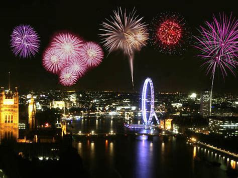 thing to do on new years new year s fireworks embankment things to
