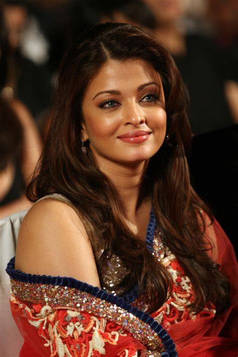 bollywood hot actres aishwarya rai hot bollywood actress aishwarya rai