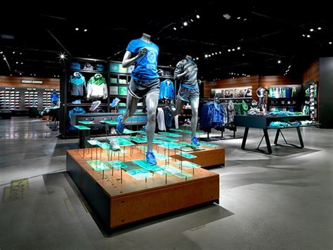 Visual Merchandising Attraction nike retail design on behance