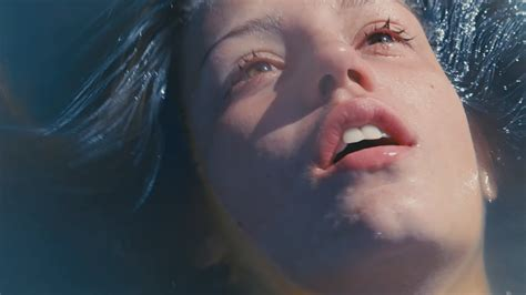 blue is the warmest color blue is the warmest color trailer