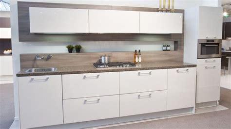 greepjes keuken keuken hoogglans wit met hout google zoeken idee 235 n