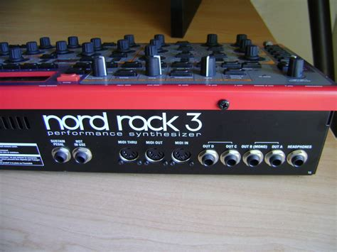 Nord Rack 3 by Matrixsynth Nord Lead 3 Rack Mount Synth