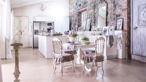 una casa  stile provenzale shabby chic interiors