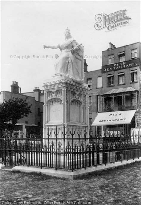 Photo of Southend On Sea, Statue Of Queen Victoria 1898