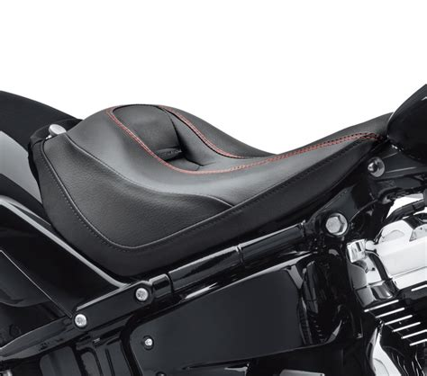 harley breakout seat replacement 52000304 reach seat breakout styling at thunderbike shop