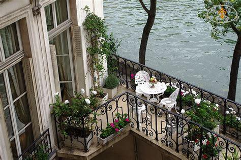 Decorating Doors For Christmas rose guest apartment services paris