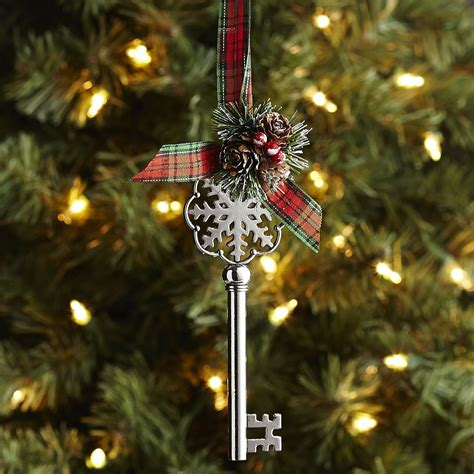 pier 1 imports christmas decorations top decor picks from pier 1 imports 2015 miss frugal fancy