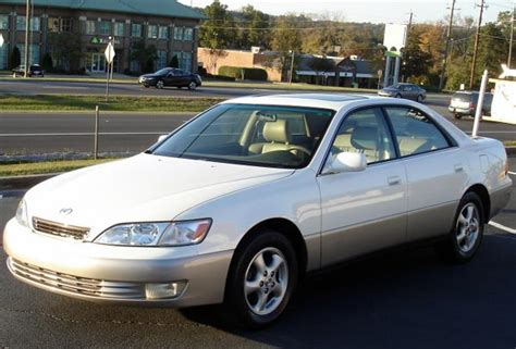 lexus es300 white cheap luxury reliable used car lexus es300 1997 2001
