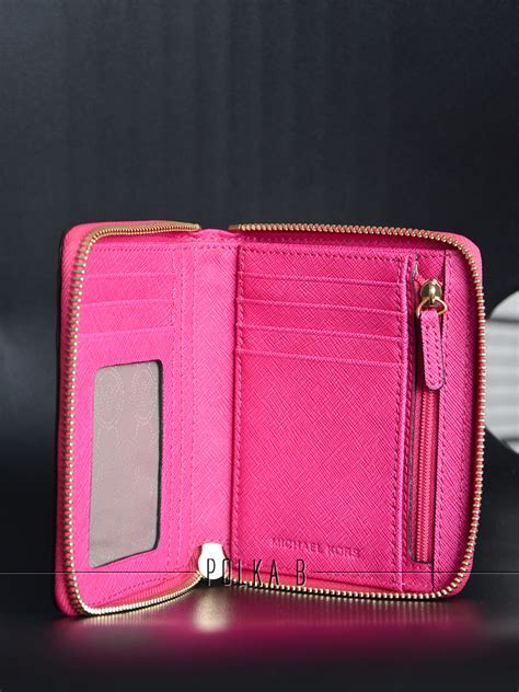 Dompet Michael Kors Original Mk Jet Set Travel Carryall Wallet michael kors jet set travel medium zip around saffiano leather wallet fuchsia polka b
