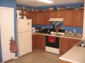 Decorations For Above Kitchen Cabinets by Pics Photos Kitchen Cabinet Decorations