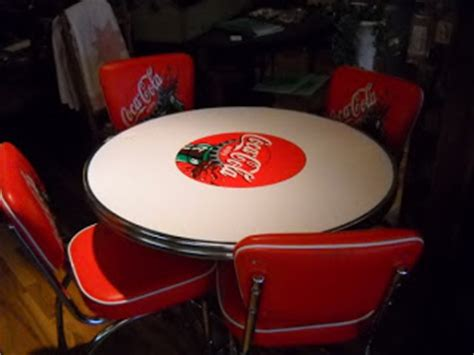 coca cola table and chairs set treasures coca cola table and chairs