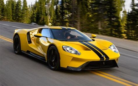 ford gt review beauty brutality  magic sauce